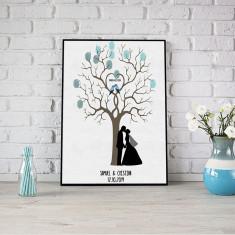 Lienzo árbol de huellas pareja novios besandose