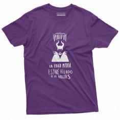 Camiseta feminista si vuelve la edad media